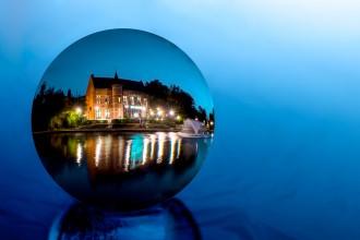 3. Glazen bol op het water (Annick)